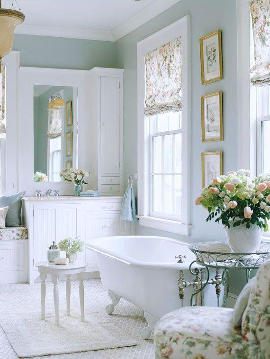 bagno romantico in perfetto stile Shabby Chic