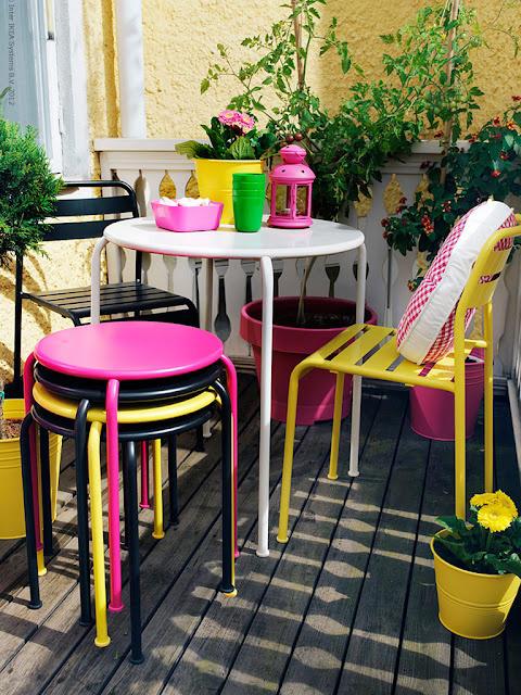 Arredamento Balcone Ikea: Arredamento ikea cucina lacca rossa.