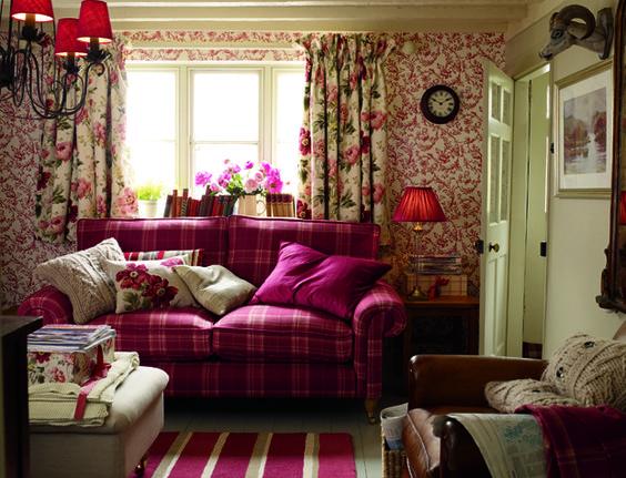 Ispirazione british 2 15 bellissime stanze in stile - Floral country living room furniture ...